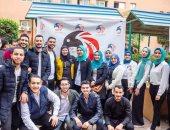 صور.. طلاب جامعة بنها يتحدون جشع التجار ويوفرون كحول بأسعار رمزية للجمهور