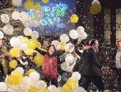 """فريق عمل """"صاحبة السعادة"""" يحتفل بعيد ميلاد إسعاد يونس بطريقة تناسب الحظر"""