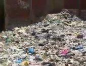 """""""سيبها علينا"""".. شكوى من انتشار القمامة بشارع المدينة المنورة فى الهرم"""