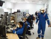 العاملون بالبترول: الإنتاج مستمر بمعدلات طبيعية وإجراءات صارمة ضد كورونا