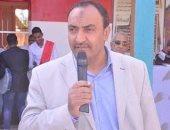 وكيل إدارة إسنا التعليمية يتبرع بربع راتبه لصندوق تحيا مصر لمكافحة كورونا