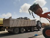 مراكز المنيا تواصل حملات النظافة ودعم الإنارة خلال أيام العيد