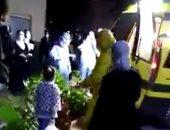فيديو مؤثر لنقل أطفال من صفط تراب للحجر الصحى بكفر الزيات لإصابتهم بكورونا