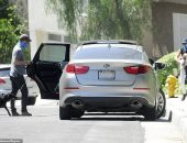 للمرة الأولى .. هارى وميجان يرتديان أقنعة خلال نزهة في لوس أنجلوس