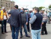 فض الأسواق العشوائية وإغلاق المحلات المخالفة لتطبيق الحظر بالإسكندرية