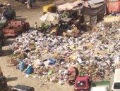 قارئ يشكو من تراكم القمامة باخر شارع مصطفى النحاس بمدينة نصر