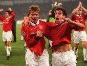 تعرف على المدافعين الأكثر صناعة للأهداف فى تاريخ الدوري الإنجليزي