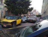 بالصور.. زحام بوسط الإسكندرية وانتشار مرورى على الكورنيش