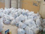 فيديو وصور.. شباب بأسيوط يوفرون 300 كرتونة رمضانية ويعقمون 100 مسجد