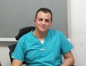 نائب مدير مستشفى النجلية يعلن إصابته بكورونا ويكشف تفاصيل حالته الصحية