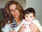 روحى راحت خلاص.. دنيا عبد العزيز تنشر صورة جديدة مع والدتها الراحلة