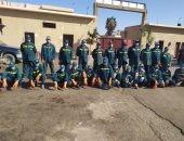 مجلس مدينة العريش: التزام عمال النظافة بارتداء الكمامات والقفازات