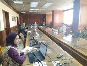 وزير الرى يناقش دراسة مناطق التوسع الأفقى فى الوادى الجديد