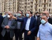 رئيس الوزراء يتفقد أعمال التطوير  فى ميدان التحرير