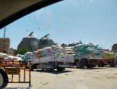 صور.. تكدس سيارات النقل أمام صومعة طنطا لتوريد محصول القمح