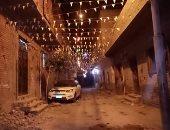بهجة رمضان.. عمرو يشارك بصور لتزيين شارع الشيخ عثمان بقنا