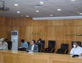 نائب محافظ الأقصر يناقش الاستعدادات لامتحانات الثانوية العامة بالمحافظة