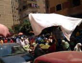 شكوى من التزاحم بسبب سوق عشوائى فى شارع شاهين بعين شمس بالقاهرة