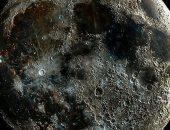 عالم فلك أمريكى يلتقط أوضح صور على الإطلاق لحفر القمر