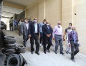 محافظ الجيزة يقود حملة لفتح الجراجات المغلقة أسفل العقارات بالدقى والعجوزة
