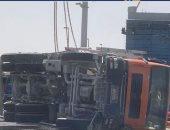 حادث مروع.. شاحنة إسمنت تتسبب فى وفاة وإصابة 4 بينهما طفل بأبوظبى