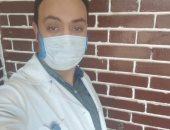 """جيشنا الأبيض.. """"مصطفى"""" فنى تمريض بمستشفى قناة السويس فى مواجهة كورونا"""