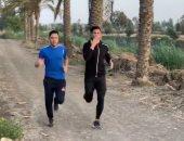 أكرم توفيق يتدرب برفقة شقيقه استعداداً لاستئناف الدورى
