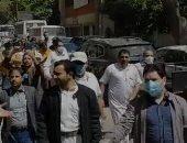 السفارة اليمينة بالقاهرة: نتواصل مع حكومتنا لحل أزمة 3500 عالق بمصر بسبب كورونا