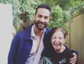 كريم فهمى مداعبا ليلى عز العرب: بما إن غالية معذبانى فأنا قررت أتجوز جدتها