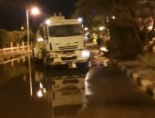 مجلس مدينة سفاجا: إصلاح ماسورة مياه بجوار معسكر الشباب بسفاجا.. صور