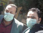 الجيش الأبيض.. صورة جماعية للأطباء بمستشفى القرين فى مواجهة كورونا