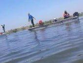 فيديو وصور.. صيادو بحيرة المنزلة: الصيد بالكهرباء وإلقاء الصرف يقضى على السمك