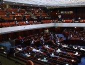 بعد التأجيل مرتين.. الكنيست يصادق على الحكومة الإسرائيلية الجديدة