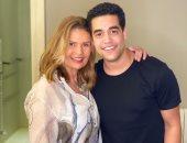 """هشام حبيب قلب أمه.. يسرا فى صورة مع ابنها المتوفى من كواليس """"خيانة عهد"""""""