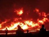 فيديو.. حريق يلتهم مساحات كبيرة من الأراضى الزراعية بريف حماة بسوريا
