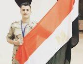 محمود الونش يدعم الجيش المصري بصورة من كأس العالم العسكري