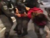 قوات الاحتلال تعتقل فتاة وشقيقها فى القدس وتسحلهما أرضا .. فيديو