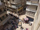 قارئة تشكو استمرار إقامة سوق الجمعة بشارع الثانوية بنات بشربين