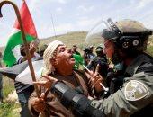 اشتباكات بين فلسطينيين وقوات الاحتلال الإسرائيلى خلال إحياء ذكرى النكبة