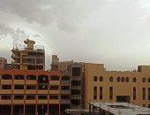 صور.. هدوء العاصفة الترابية وهطول أمطار خفيفة بمحافظة الأقصر