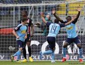 مونشنجلادباخ يتخطى فرانكفورت بثلاثية ويرتقى إلى ثالث الدوري الألمانى