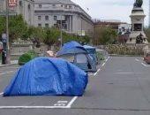 إنشاء خيام قرب مجلس مدينة سان فرانسيسكو لإيواء المشردين خوفا من كورونا..فيديو