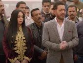 """البرنس الحلقة 24.. """"فتحى"""" يعرض نصف مليون جنيه مقابل العثور على ابنة """"رضوان"""""""