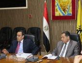 محافظ شمال سيناء يستعرض أوضاع المحافظة خلال مجلس المحافظين
