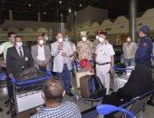 محافظ أسيوط يستقبل 165 مصرى من الفوج الأول من العالقين بالخارج (صور)