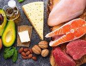 5 أطعمة مفيدة للدايت رغم أنها دهنية.. أهمها البيض والمكسرات