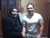 والدة الشهيد خالد مغربى: لما شفت الفنان محمد حمدى حسيت إن ابنى قدامى