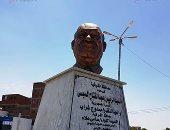 صور.. تمثال مجدى يعقوب يزين أشهر ميادين مدينة بلبيس بالشرقية