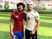 شاهد.. أوباما يخوض مرانا بقميص طارق حامد مع لاعب الإسماعيلى