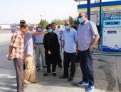 رئيس مدينة سفاجا تتابع أرصدة الوقود بالمحطات وتوجه بحملات تموينية للمراقبة